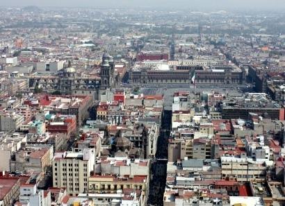 Vista aérea del Zócalo de México D.F. (Foto de CVMontuy, lic. CC)