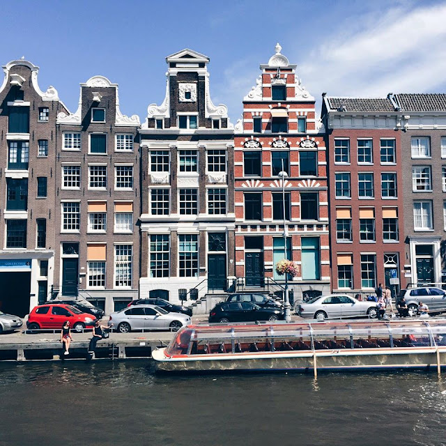 amsterdam-houses-canal