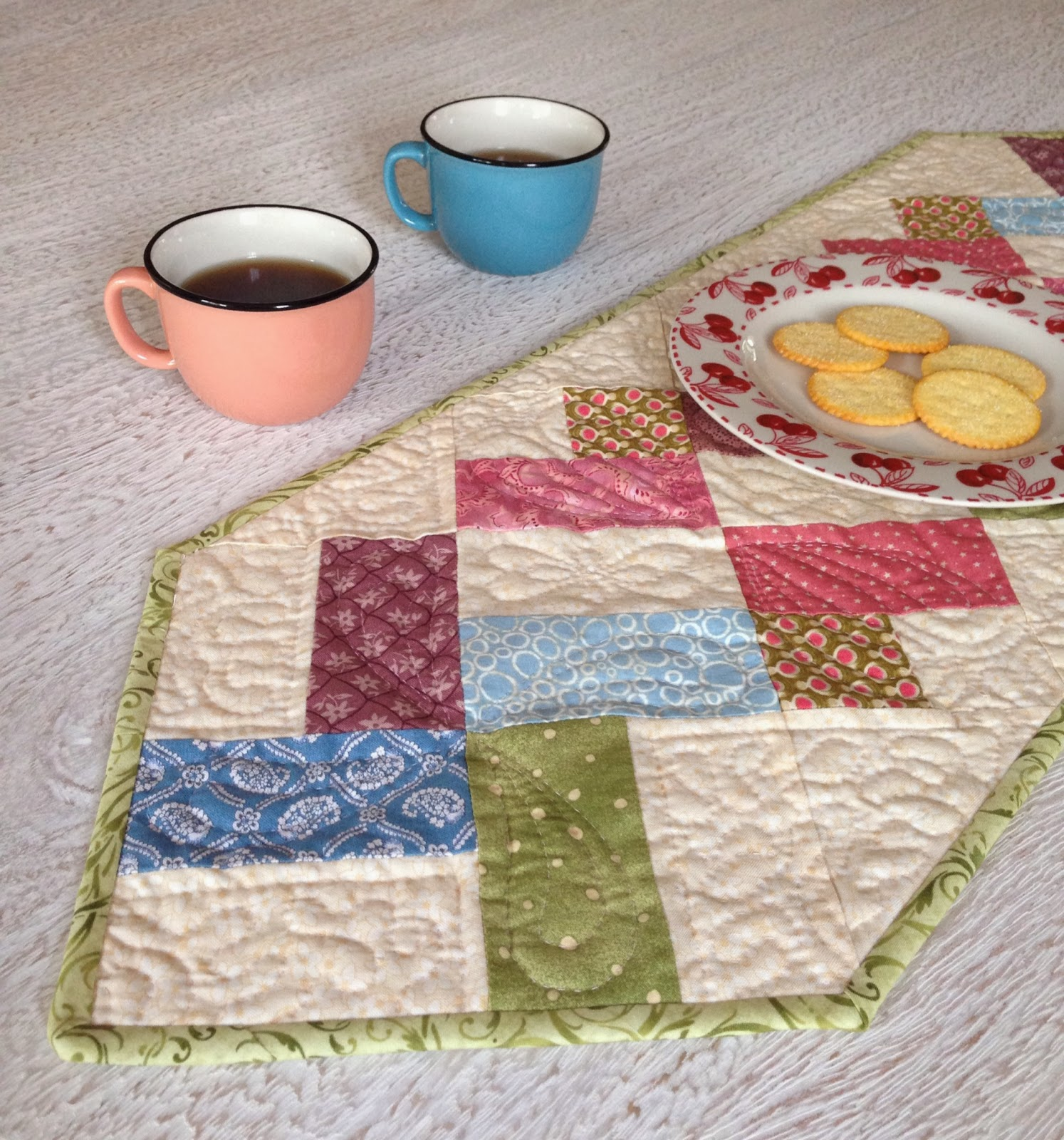 Selimut ku pretty table runner done for Pretty html table