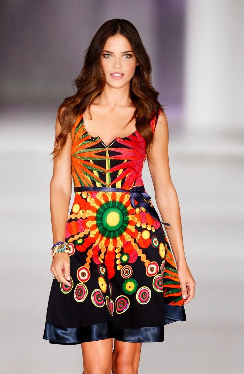 Desigual, La-Vida-es-Chula, Desigual-La-Vida-es-Chula, Adriana-Lima, Adriana-Lima-x-Desigual, Adriana-Lima-Desigual, Desigual-Adriana-Lima, top-model-brésilien-Adrina-Lima, Victoria's-Secret, Adriana-Lima-Victoria's-Secret, du-dessin-aux-podiums, dudessinauxpodiums, mode-a-petits-prix, mode-femme, mode-fashion-femme, vetements, vetements-femme, blog-mode, mode-a-toi, mod, robes, robe, lahalle, womenswear, menswear, vetement-homme, chaussures-pas-cher, vetement-enfant, jupe, site-vetement-femme, vente-en-ligne-vetement, sous-vetement-feminin, vetements-femmes-pas-cher, vetement-a-la-mode