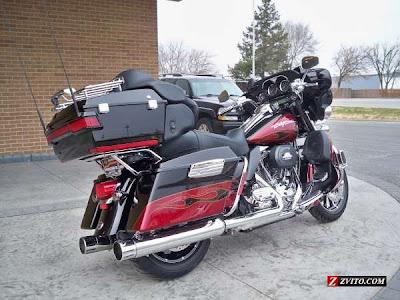 2013 Harley Davidson FLHTCUSE6 CVO