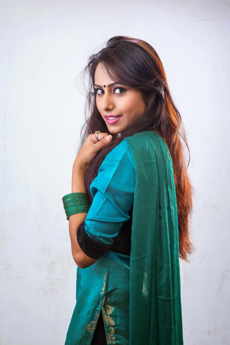 khenisha chandran glam pics-HQ-Photo-7