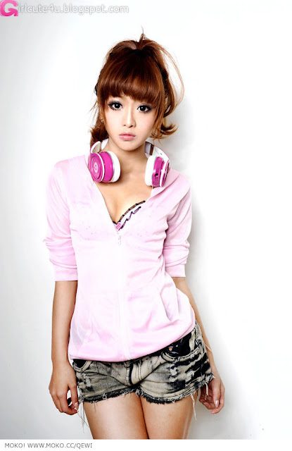 3 Zhang Kaiting - DJ Lady Q-Kate-very cute asian girl-girlcute4u.blogspot.com