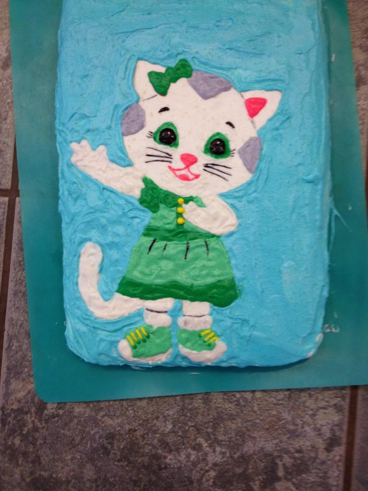 Threads On The Floor Birthdays Babies Cookies And Cake
