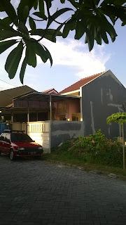 Renovasi rumah Arcadia batu ceper
