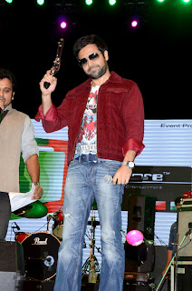 Emraan Hashmi  @ Jannat 2 at 'Junoon' concert