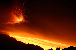 Etna Volcano Magma Eruption HD Wallpaper