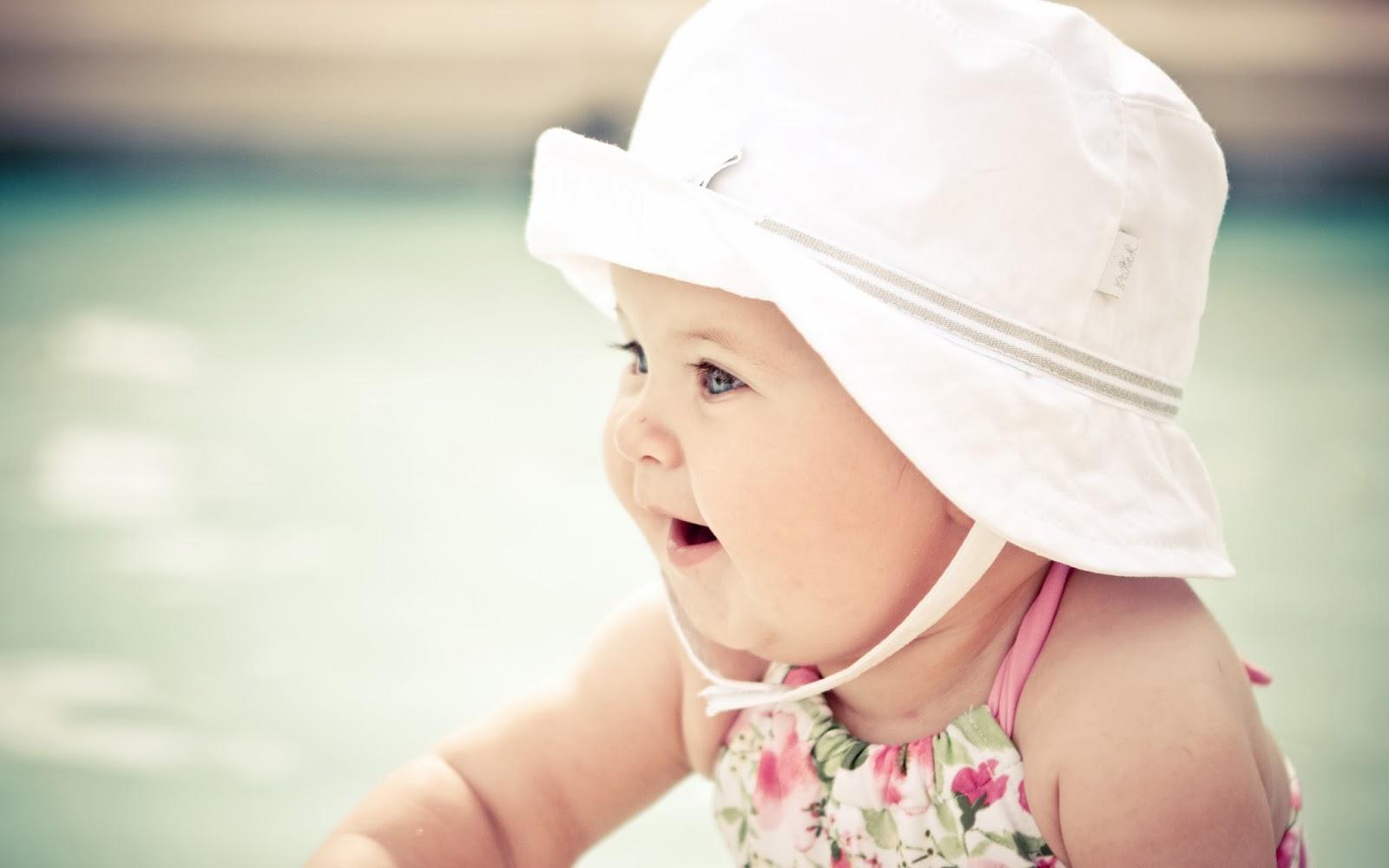 """<img src=""""http://2.bp.blogspot.com/-6M46TAAd8xU/UvPsd97rzgI/AAAAAAAAK_M/BpJkpVEFLCg/s1600/cute-baby-wallpaper.jpg"""" alt=""""cute baby wallpaper"""" />"""