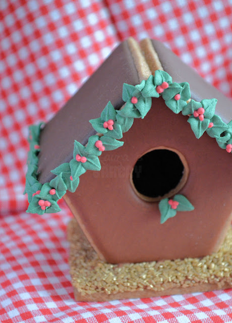 Advent 17 gingerbread huisje met hulst laura 39 s bakery - Huisje met vide ...