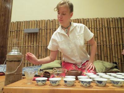 Вечер японско-украинского искусства венчало традиционное чаепитие