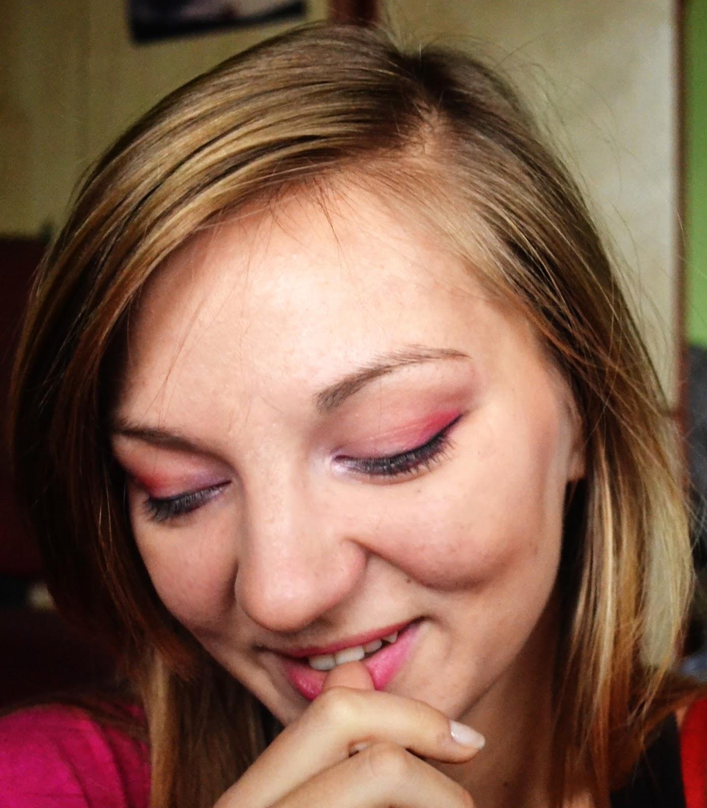 Projekt makikażowo - paznokciowy u Zakochanej w Kolorkach tydzień II