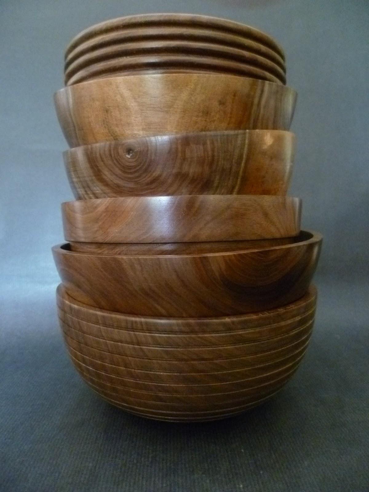 atelier du bois tourn woodturning design six bols en noyer noir d 39 am rique. Black Bedroom Furniture Sets. Home Design Ideas