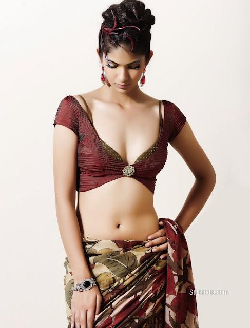 Actress Reha in Saree Photo Gallery