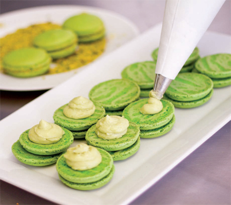 Pistachio buttercream Macarons Recipes
