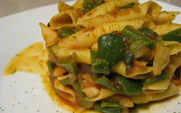 Garganelli con porcini e zucchine