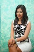 Manali Rathod latest Photo Shoot-thumbnail-10