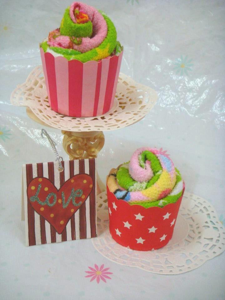 Door Gift - Handmade Cupcakes Towel