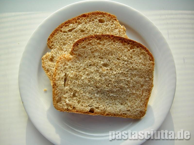 Vollkorn-Buttermilch-Toastbrot