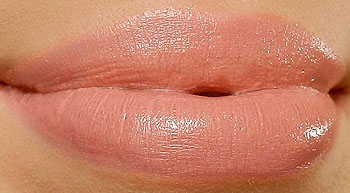 mac hue lipstick swatch