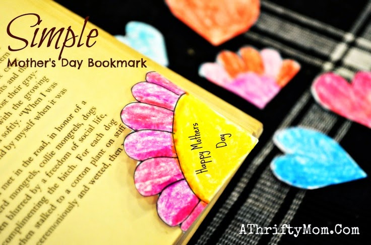 http://athriftymom.com/corner-book-marks-mothers-day-craft-for-kids-diy/