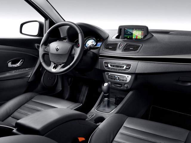 Renault Fluence 2013 interior