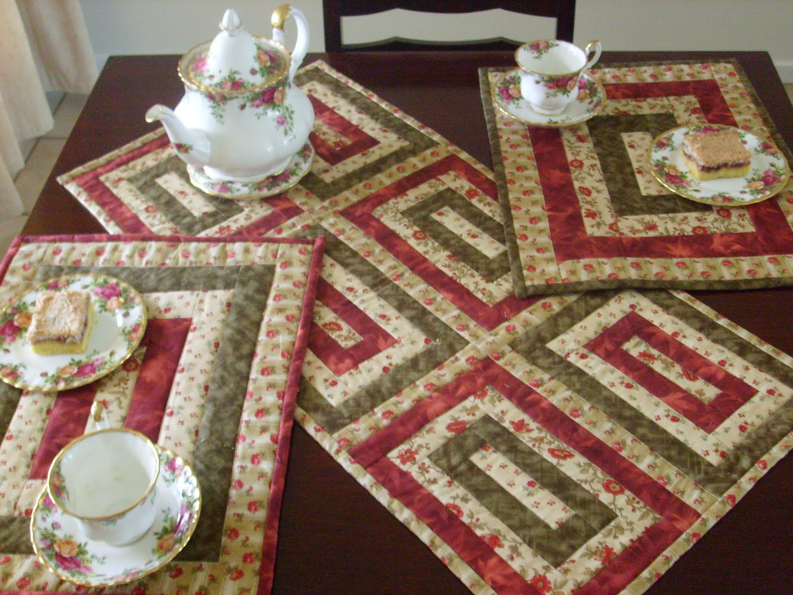 Designs: Marion TABLE Prime runner  online table patterns RUNNER free PATTERNS