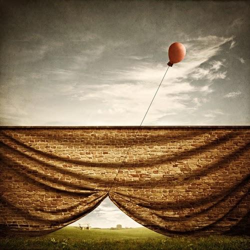 11-Waiting-For-U-Artist Jeannette-Woitzik-Surreal-Digital-www-designstack-co