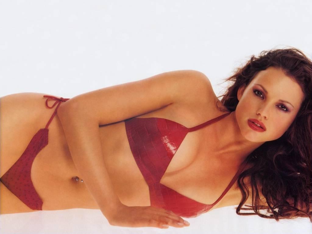 Watch Bianca Umali (b. 2000) video