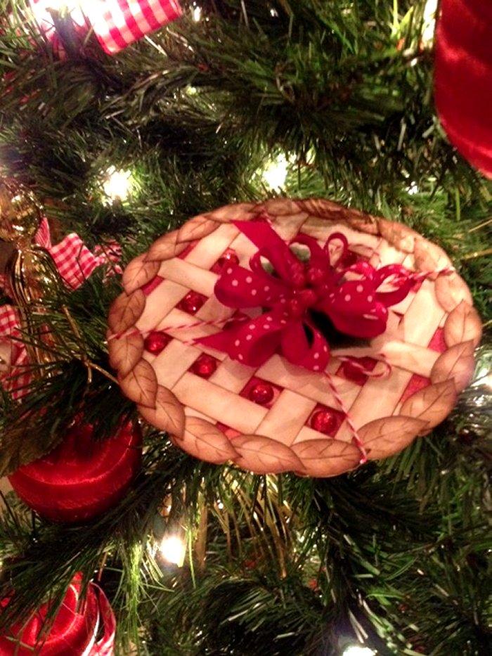 Craft Creations: Christmas Cherry Pie Box