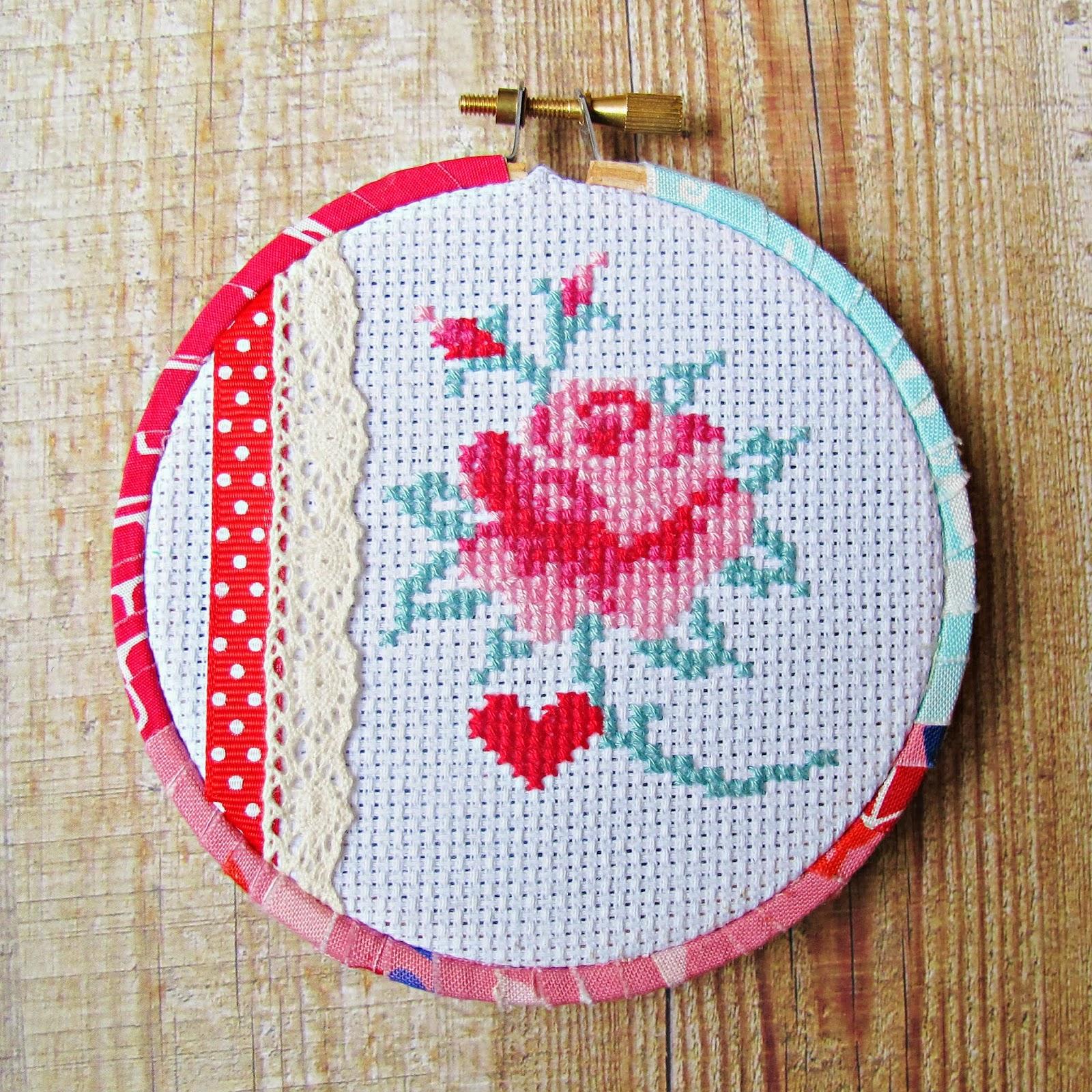 image mollie makes issue 30 cross stitch freebie eline pellinkhof rose shabby chic