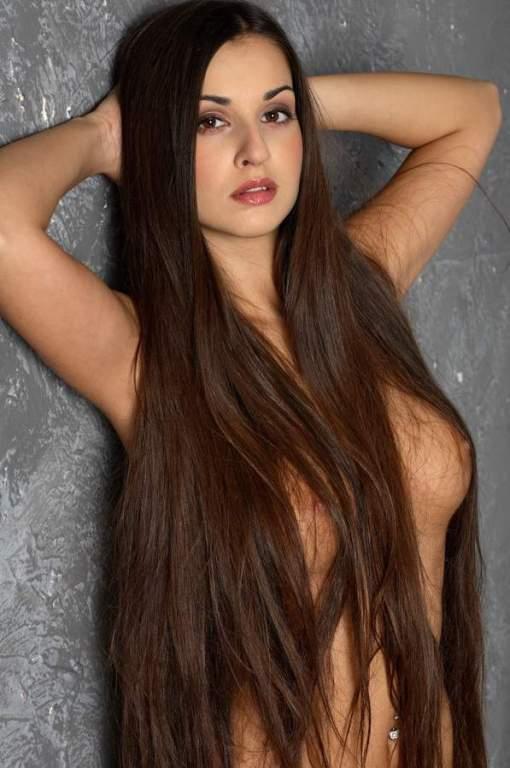 фото голые с длинными волосами
