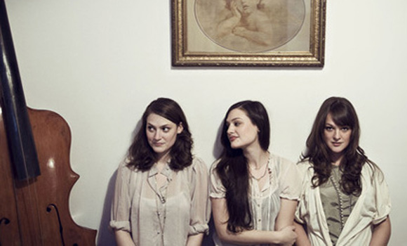 Revelacion In The Riff - The Staves