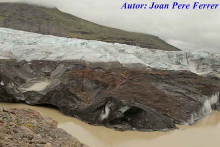Glaciar Svinafellsjokull y su lengua glaciar