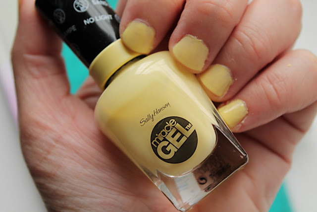 MsBubu Manicure Monday Sally Hansen Lemon Heaven