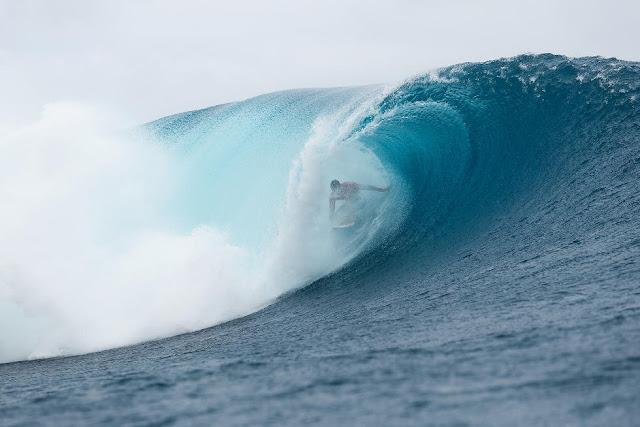 20 Julian Wilson Billabong Pro Tahiti 2015 Foto Stephen Robertson