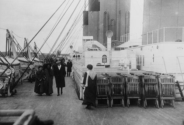 Nouvelle présentation de la famille  Top-deck-titanic