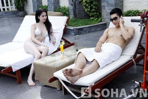Ngọc Trinh trắng bệch trong cảnh nóng của phim Tết