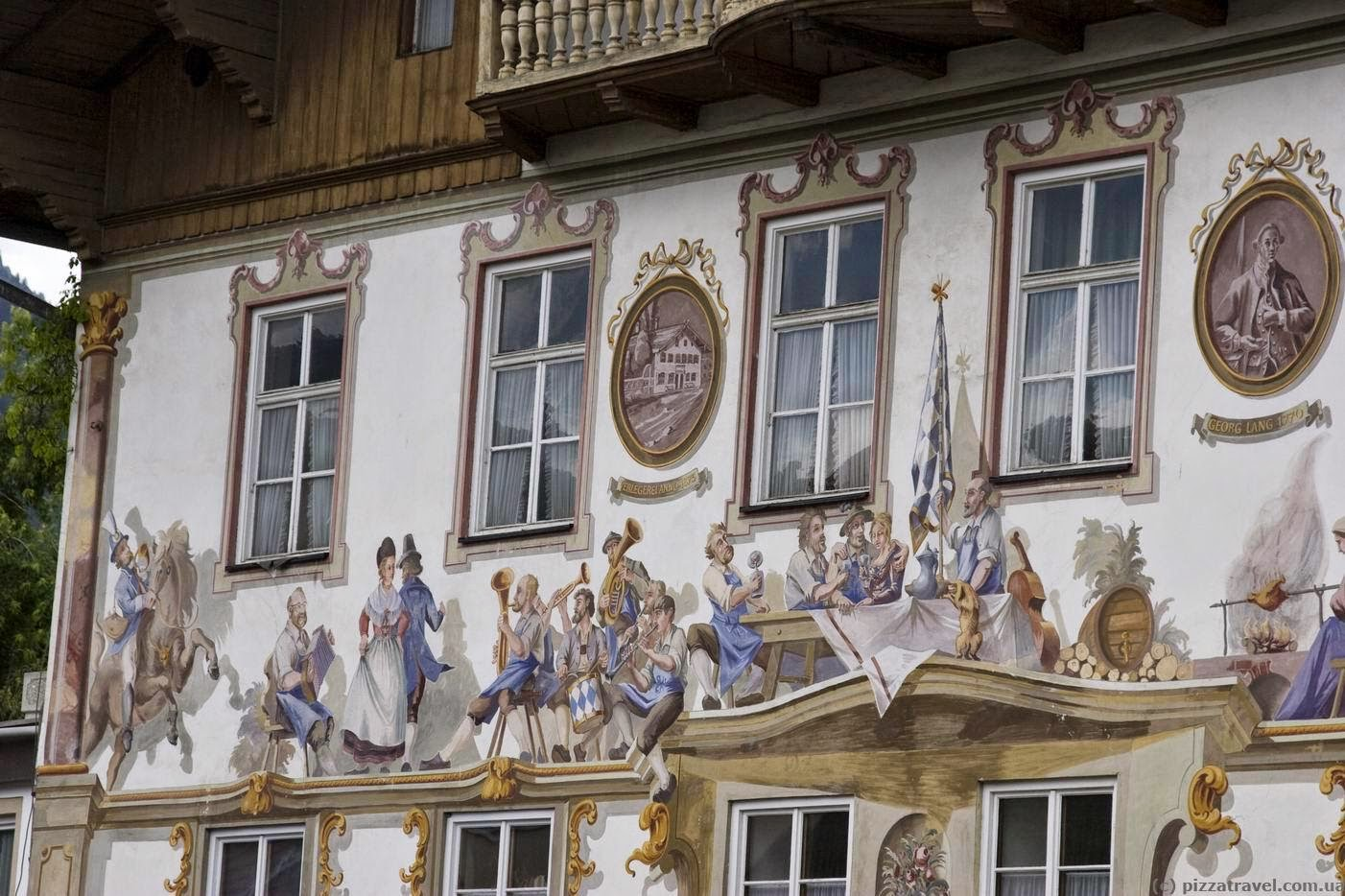 Oberammergau houses