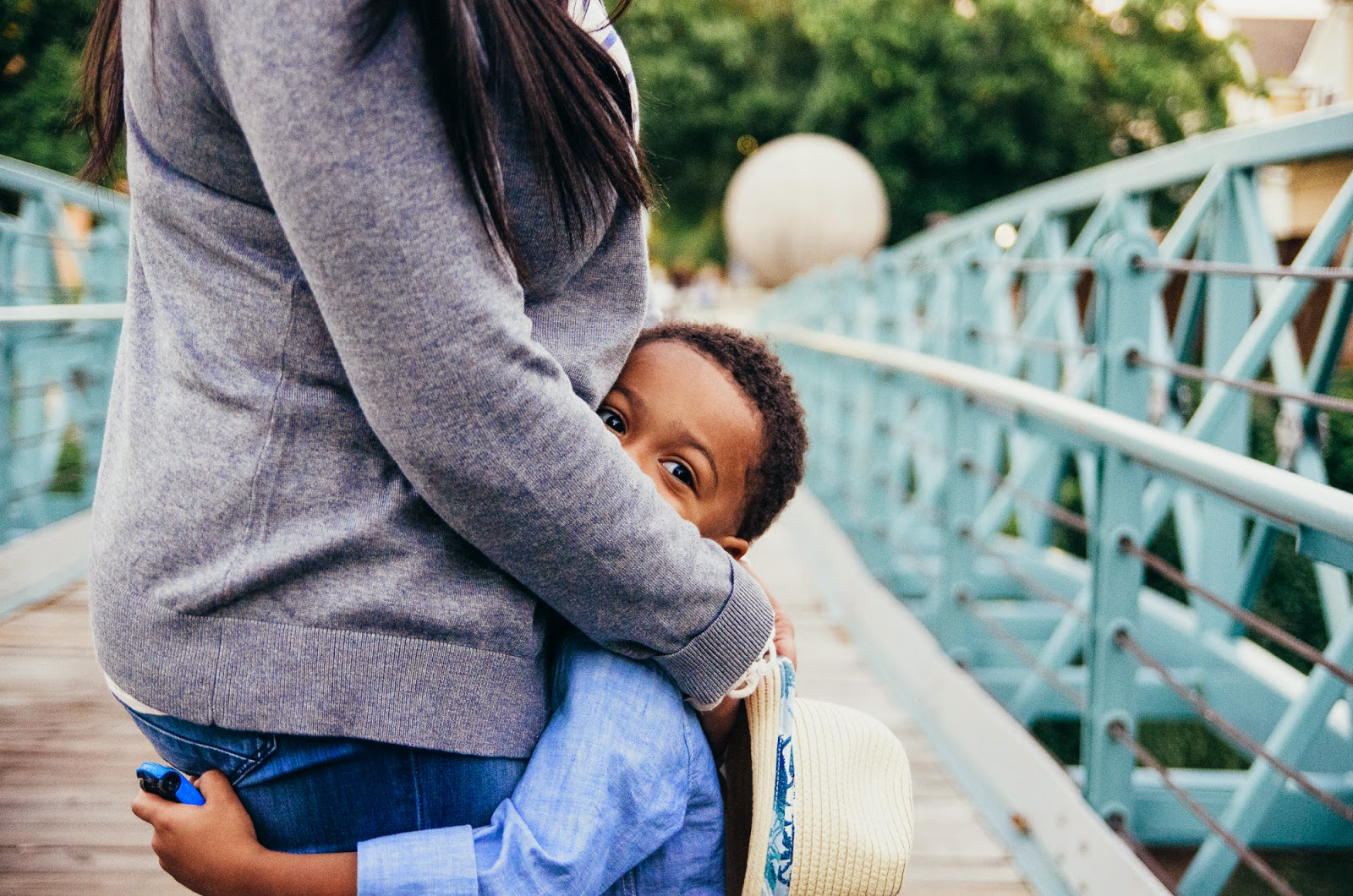 hugs from mommy, indianapolis lifestlye family photographer