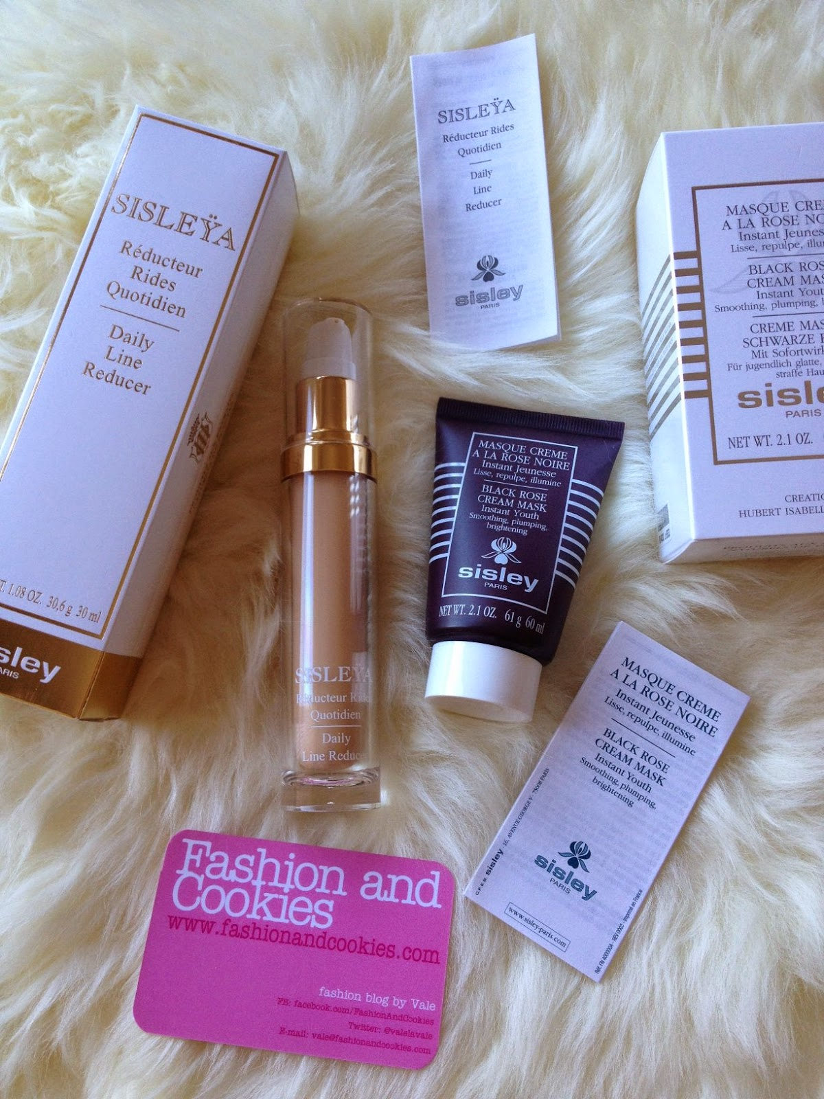Sisley Paris Sisleya Daily Line Reducer, Sisley Black Rose Mask, Fashion and Cookies fashion blog, fashion blogger skincare advice