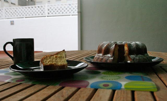 Bunt cake de llet condensada que combina amb tot per esmorzar