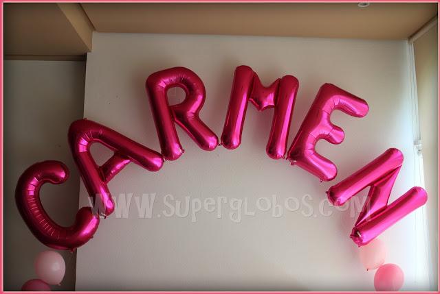 Nombre con globos