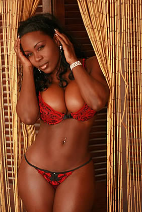 sexy vanna black model lingerie Now check these cuties… they have to work out to be so sexy…