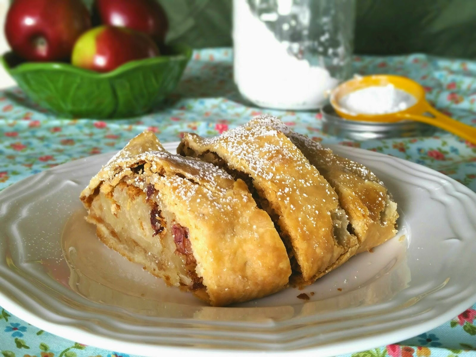 The Hard Times Kitchen: Cranberry Apple Strudel