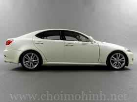 Xe mô hình tĩnh Lexus IS 350 white hiệu AUTOart tỉ lệ 1:18