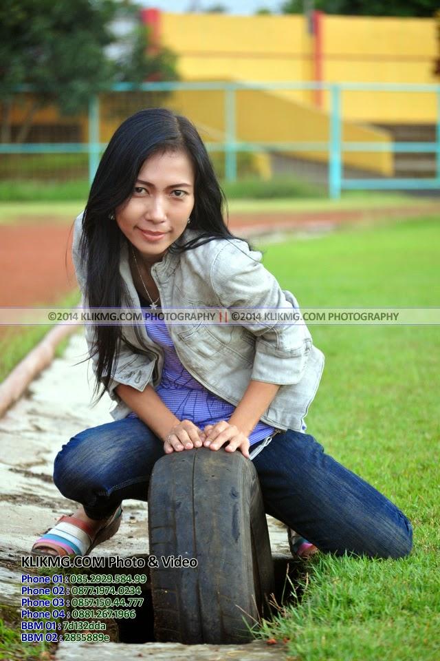 Model Wanita yang satu ini bernama AVANTIKA (Tanpa Make Up dalam busana & gaya Casual) - photography oleh : KLIKMG Fotografer Indonesia