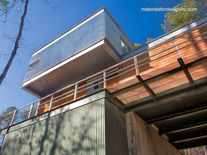 Arquitectura de casas casa residencial de metal con - Maderas y chapas ...