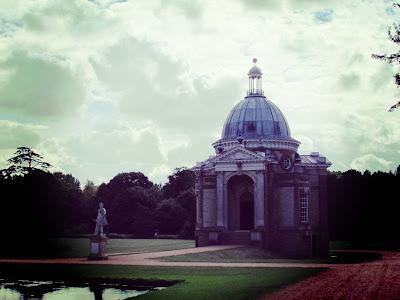 Archer's Pavilion, Wrest Park, English Heritage, visit, garden