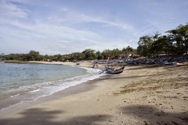 ranca buaya beach