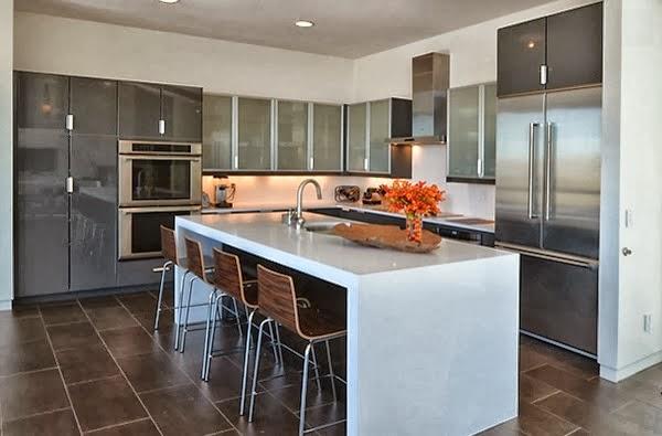 desain lemari dan rak dapur logam rumah idaman